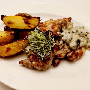 Pizdulici cu sos alb de ciuperci si cartofi cu rozmarin-2